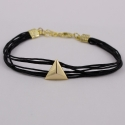 Bracelet cordon noir motif triangle plaqué or