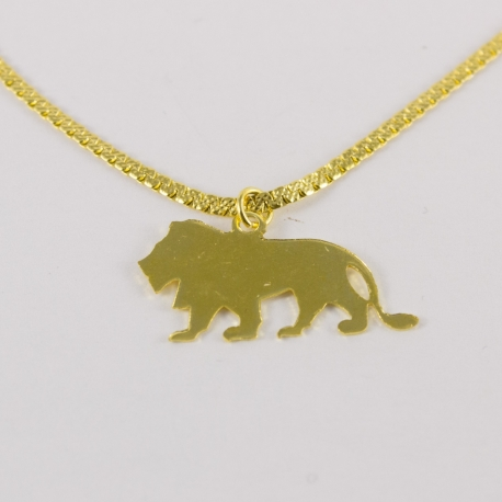 Collier lion doré by Mélanie