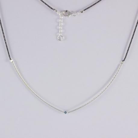 Collier barrette argent et diamant bleu