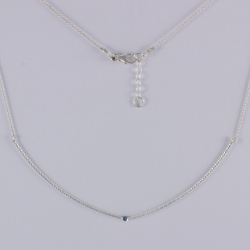 Collier barette argent et diamant bleu