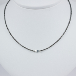 Collier solitaire chaine rhodiee diamant bleu brut Blue Star