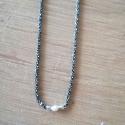 Collier Perle Akoya Keshi chaine scintillante rhodiée noire