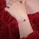 Bracelet Triangle plaqué or petit modèle - L'Atelier d'Olivia