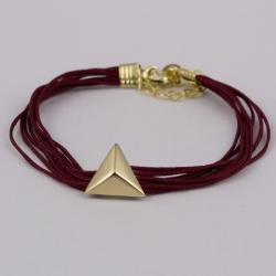 Bracelet cordons bordeaux et triangle plaqué or