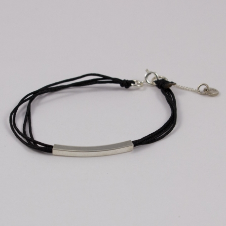 Bracelet cordon noir motif rectangle argent