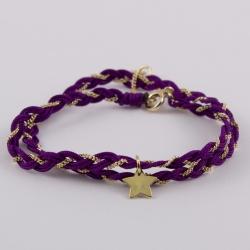 Bracelet étoile et fils de soie aubergine tressé avec une chaîne plaqué or