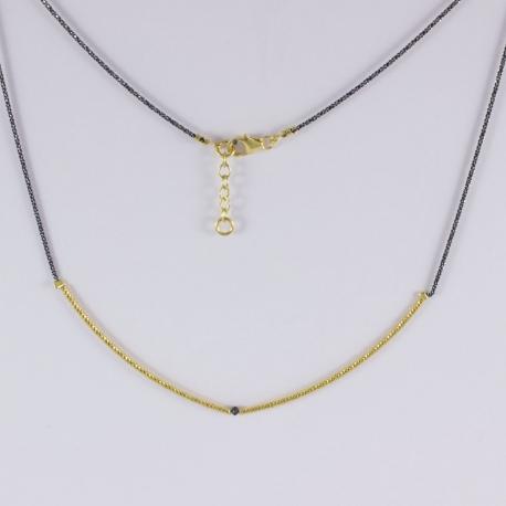 Collier tubulaire plaqué or et diamant noir