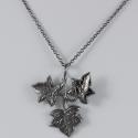 Collier feuille de lierre plaqué ruthenium by LFDM