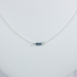 Collier chaine petit diamant bleu brut - Tiny Blue Galaxy