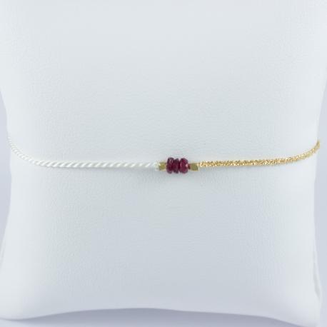 Bracelet soie et chaine scintillante or champagne 3 rubis by LFDM Fine Jewels