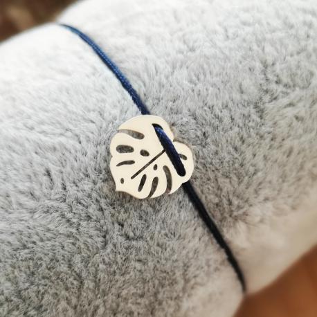 Bracelet grigri feuille de palme argent cordon bleu nuit by LFDM Jewelry