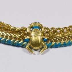 Plastron doré Scarabée - Schade Jewellery
